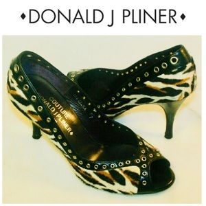 Donald J Pliner calf hair animal print sz 7 heels